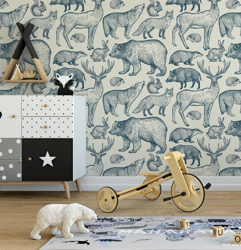 2020 的 woodland animals wallpaper Peel and Stick nursery