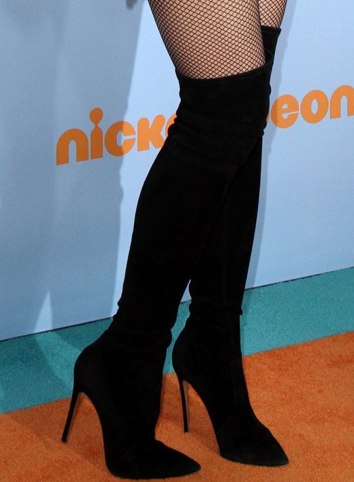 4d52f05b79a Gwen Stefani wearing black suede over-the-knee boots from Casadei at the  2017 Kids  Choice Awards