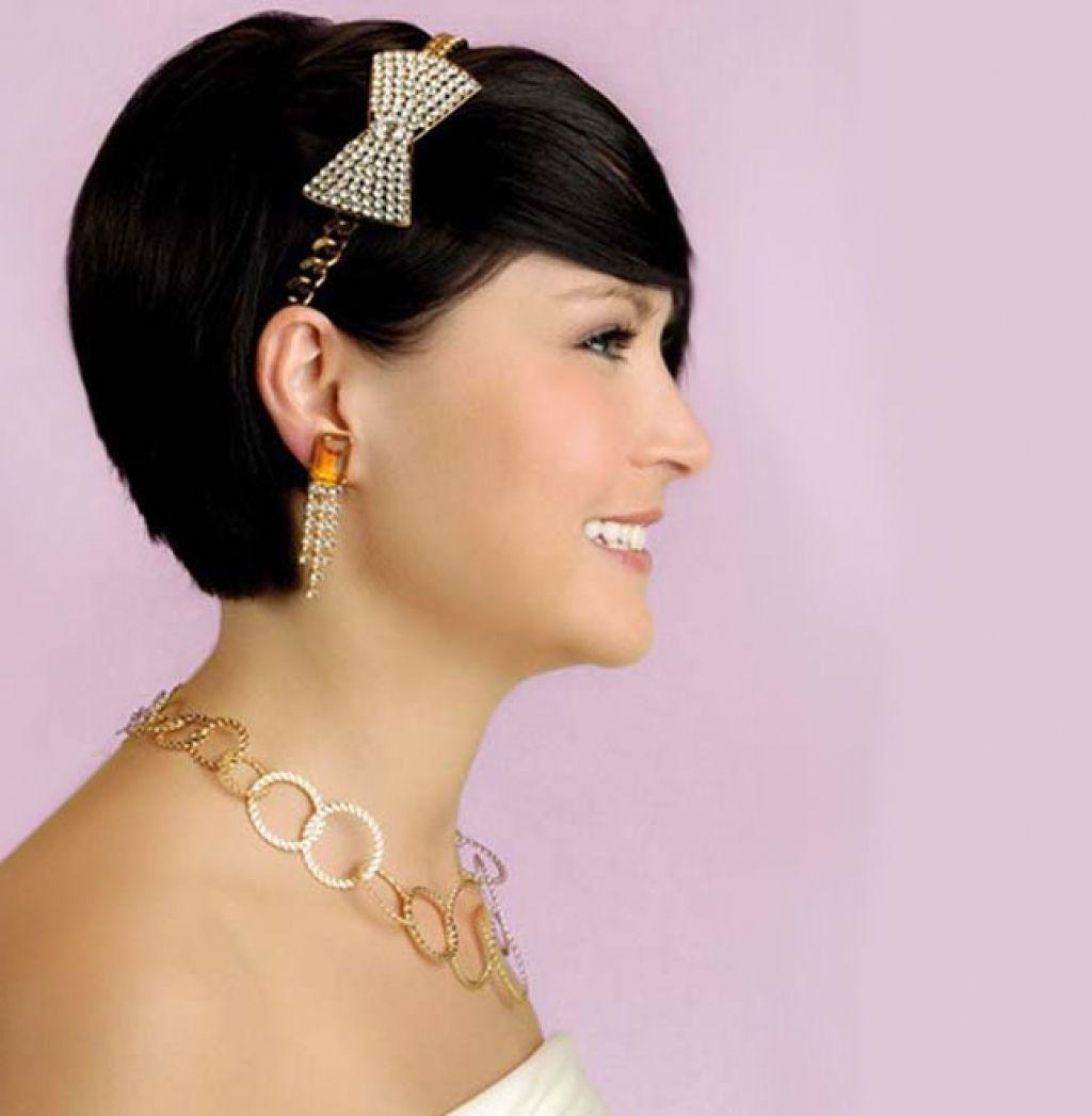 25 wedding hairstyles for short hair brit co wedding hair short ...