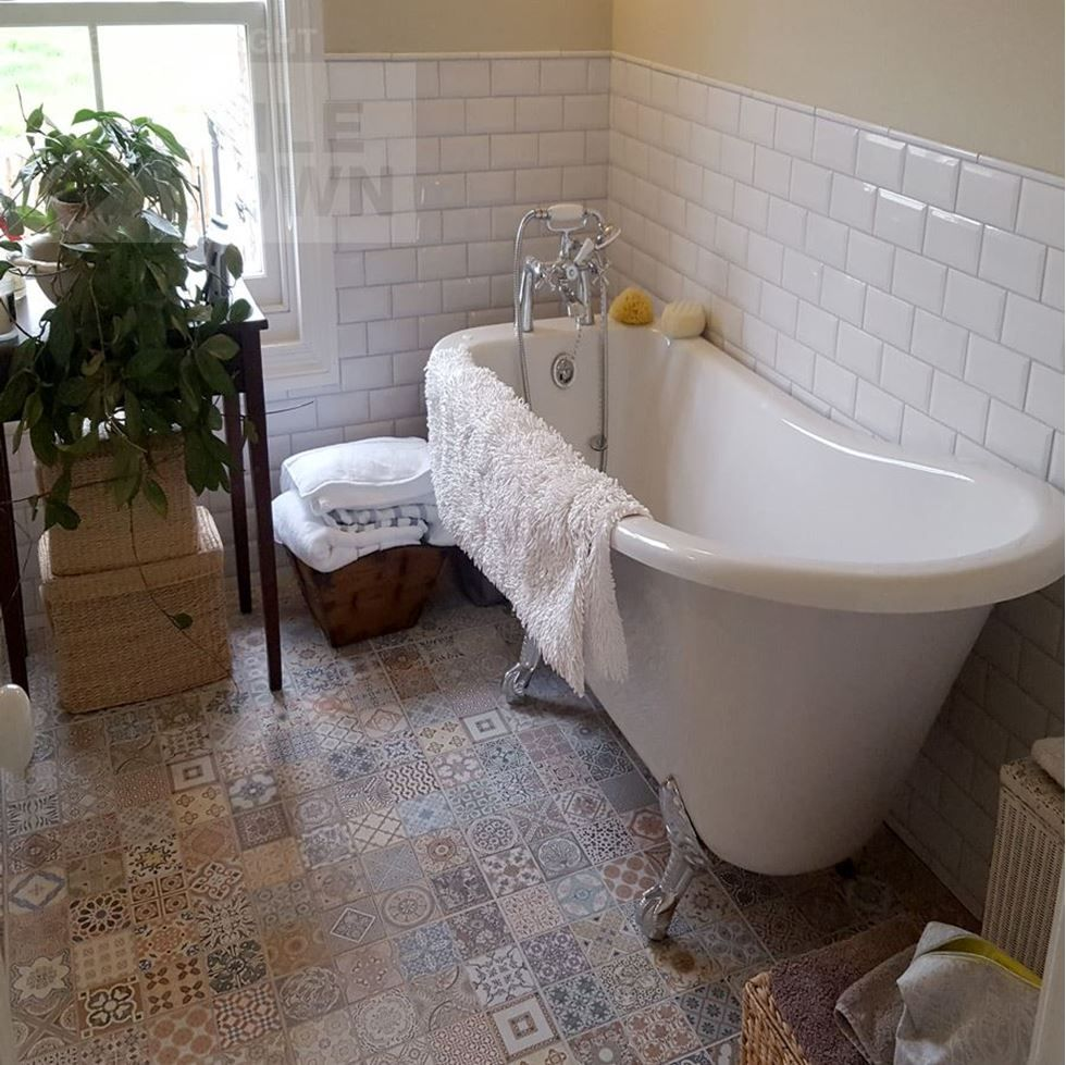 Radbourne white wall with provenza deco floor this white coloured radbourne white wall with provenza deco floor this white coloured mini metro kitchen bathroom wall tile has a gloss finish with a bevelled edge and dailygadgetfo Gallery