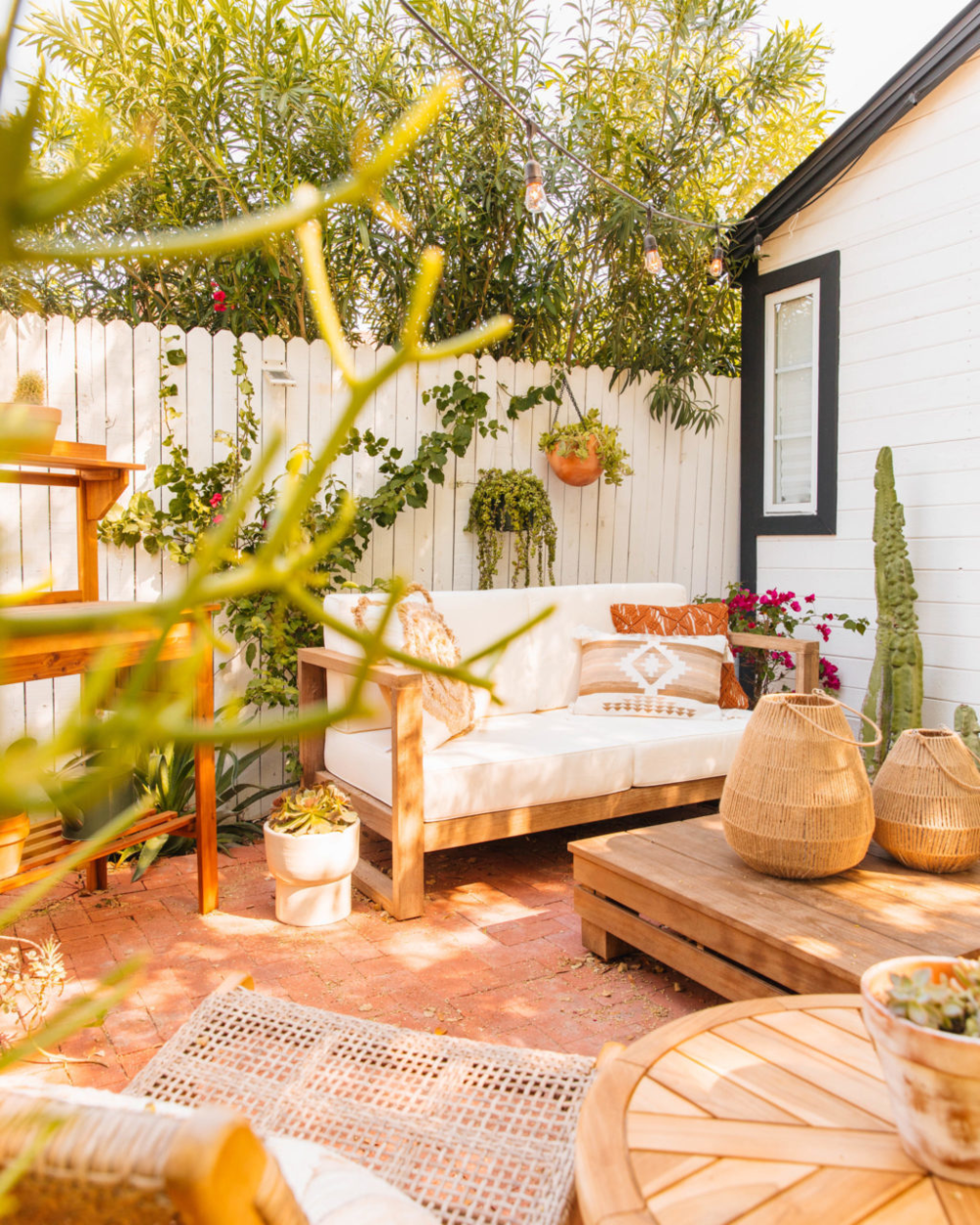A Neutral Outdoor Dining Lounge Area New Darlings Patio Decor Inspiration Outdoor Lounge Area Boho Patio