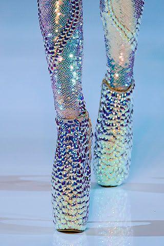 McQueen, Iridescent Shoes