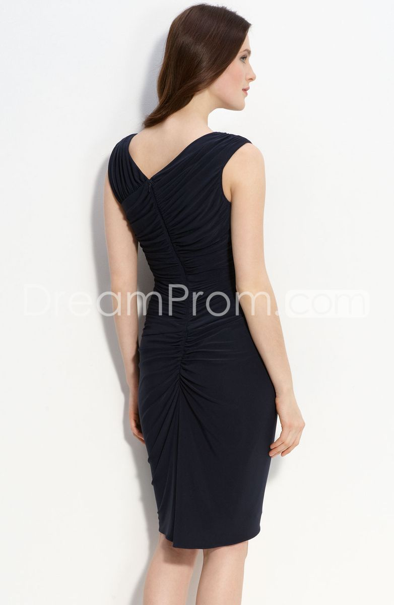 Popular Sleeveless Knee-length Pleated Mother OF the Bride Dress
