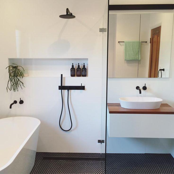 Bathroom Small Ensuite Ideas Layout Examples Decor  Home Design Custom Ensuite Bathroom Design Plans Inspiration