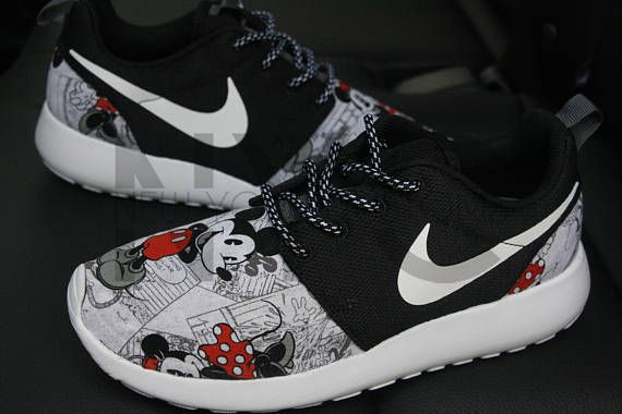 huge discount 623b8 645c3 Nike Roshe One Black Vintage Comic Mickey Minnie V5 Edition