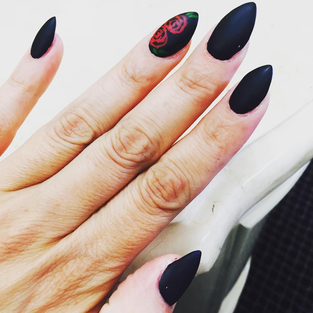 Pin von Sinking Demon666 auf nails | Pinterest