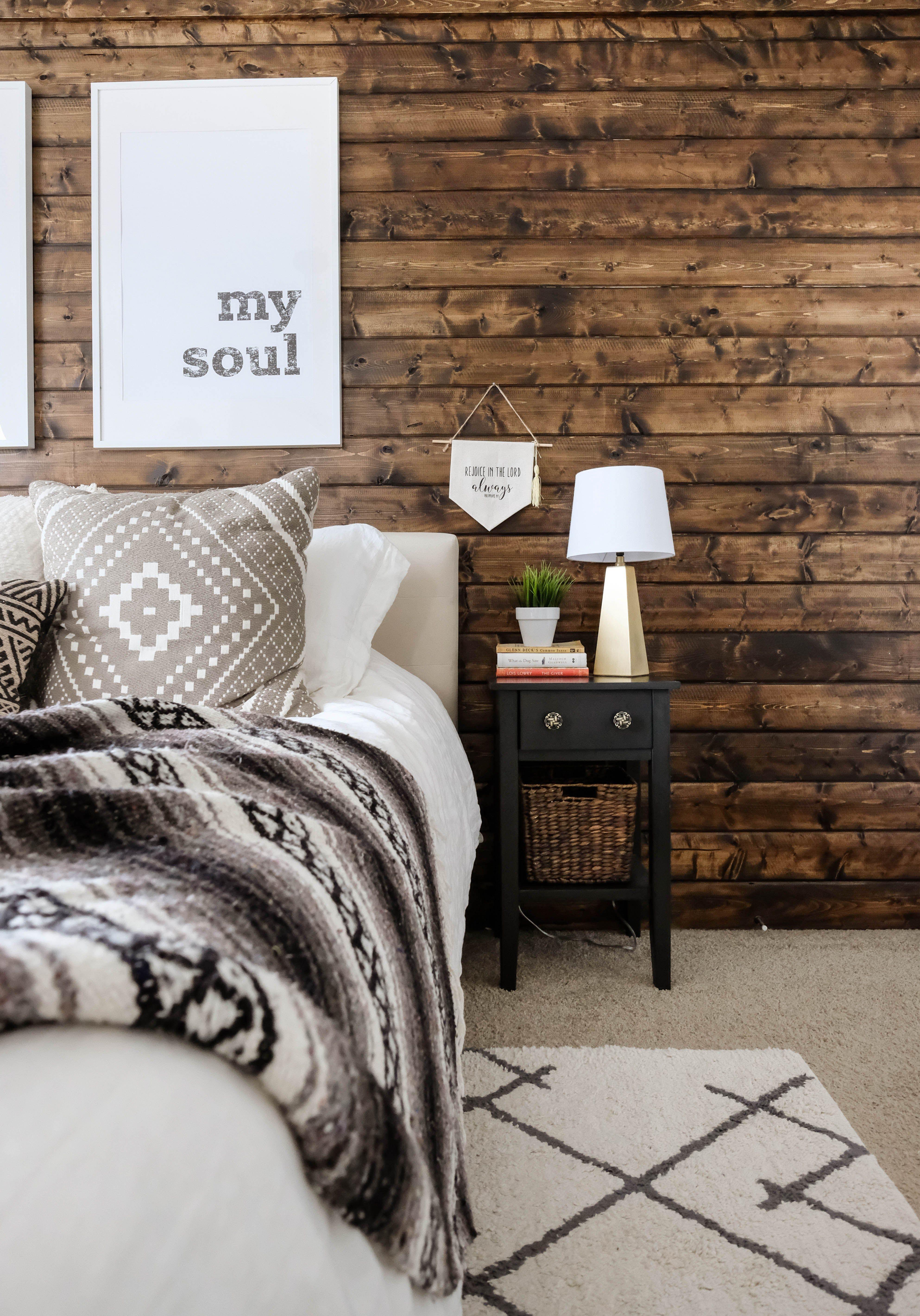 Modern Rustic Bedroom Reveal + Tips on Blending Two Styles #modernrusticbedroom
