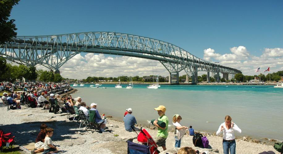 #Mackinac Boat Race at #Sarnia's Bluewater Bridge greatlakesdental.ca