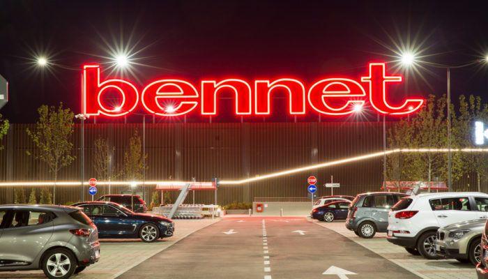outlet store 4f63f b0d40 Volantino Bennet sfida tutti con i prezzi più pazzi di ...