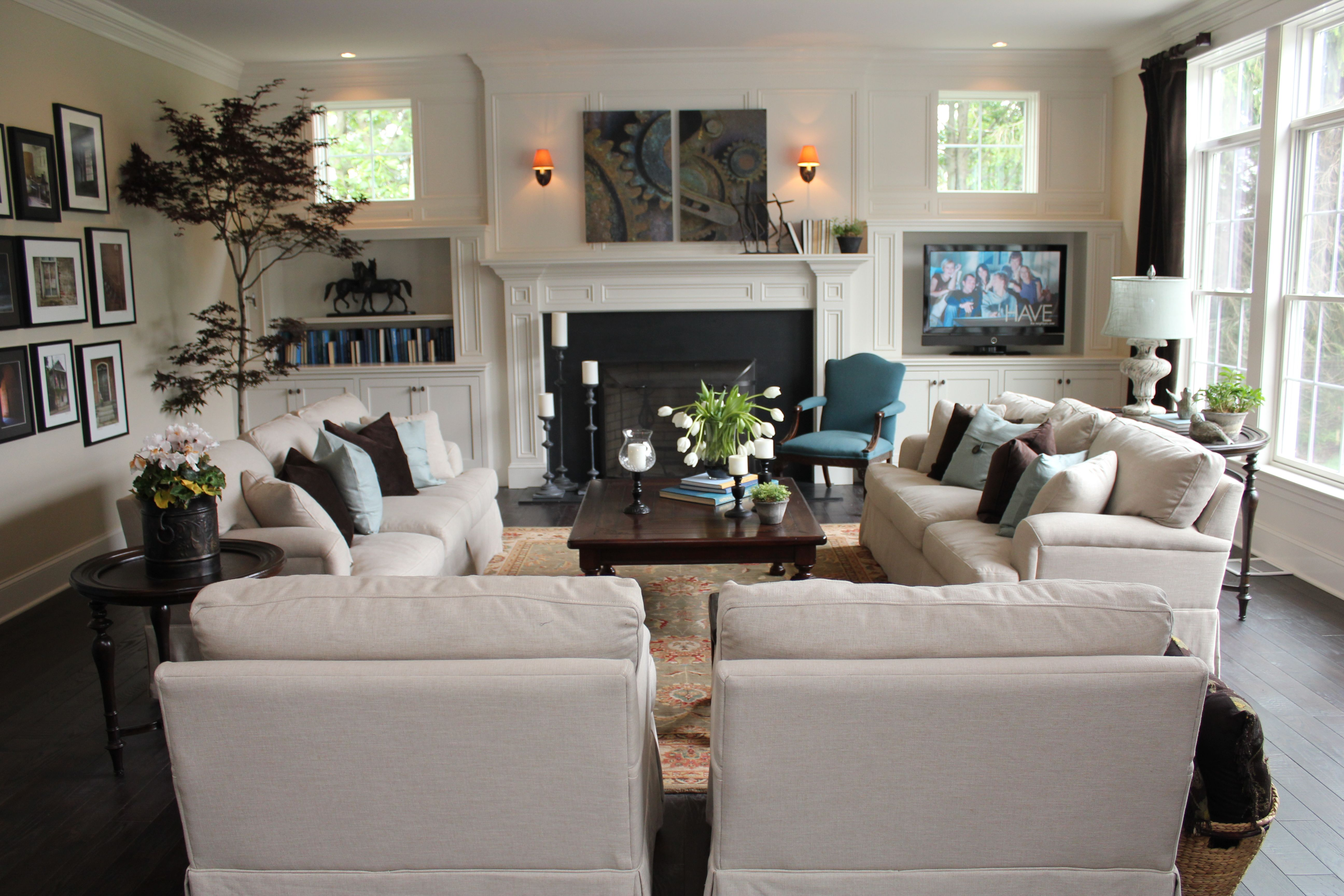 Love this furniture & layout for the family room.