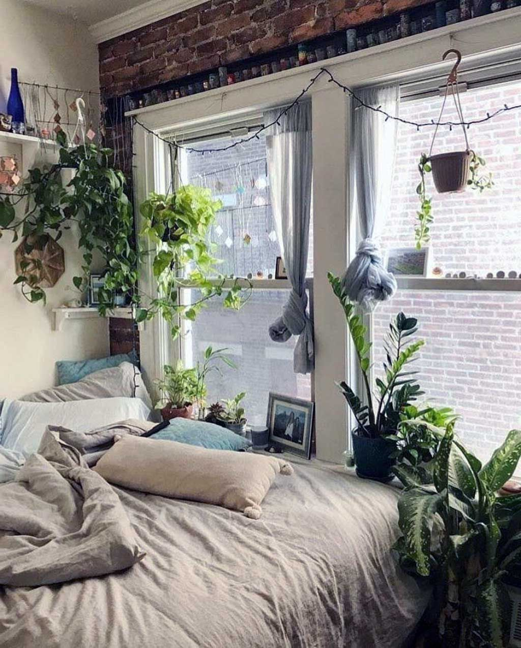 28 awesome aesthetic apartment bedroom decoration ideas on diy home decor on a budget apartment ideas id=44335
