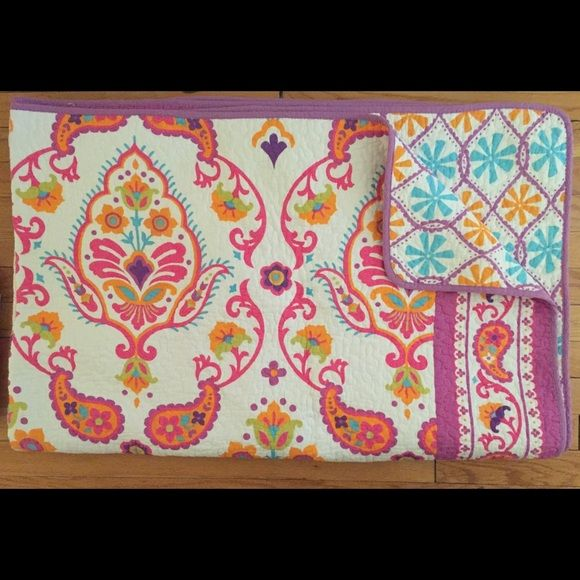 Cynthia Rowley Twin Quilt Coverlet With Sham Quilted Coverlet Twin Quilt Floral Prints Pattern