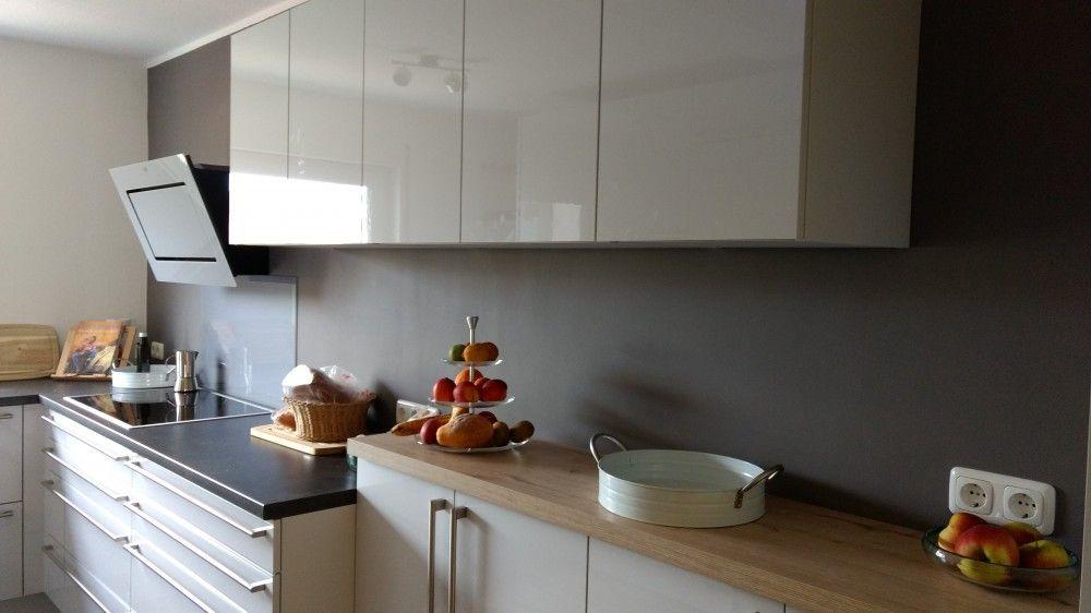 Küche nach Umbau im 70er Jahre Reihenhaus -Bauformat-Fertiggestellte - küche ohne oberschränke