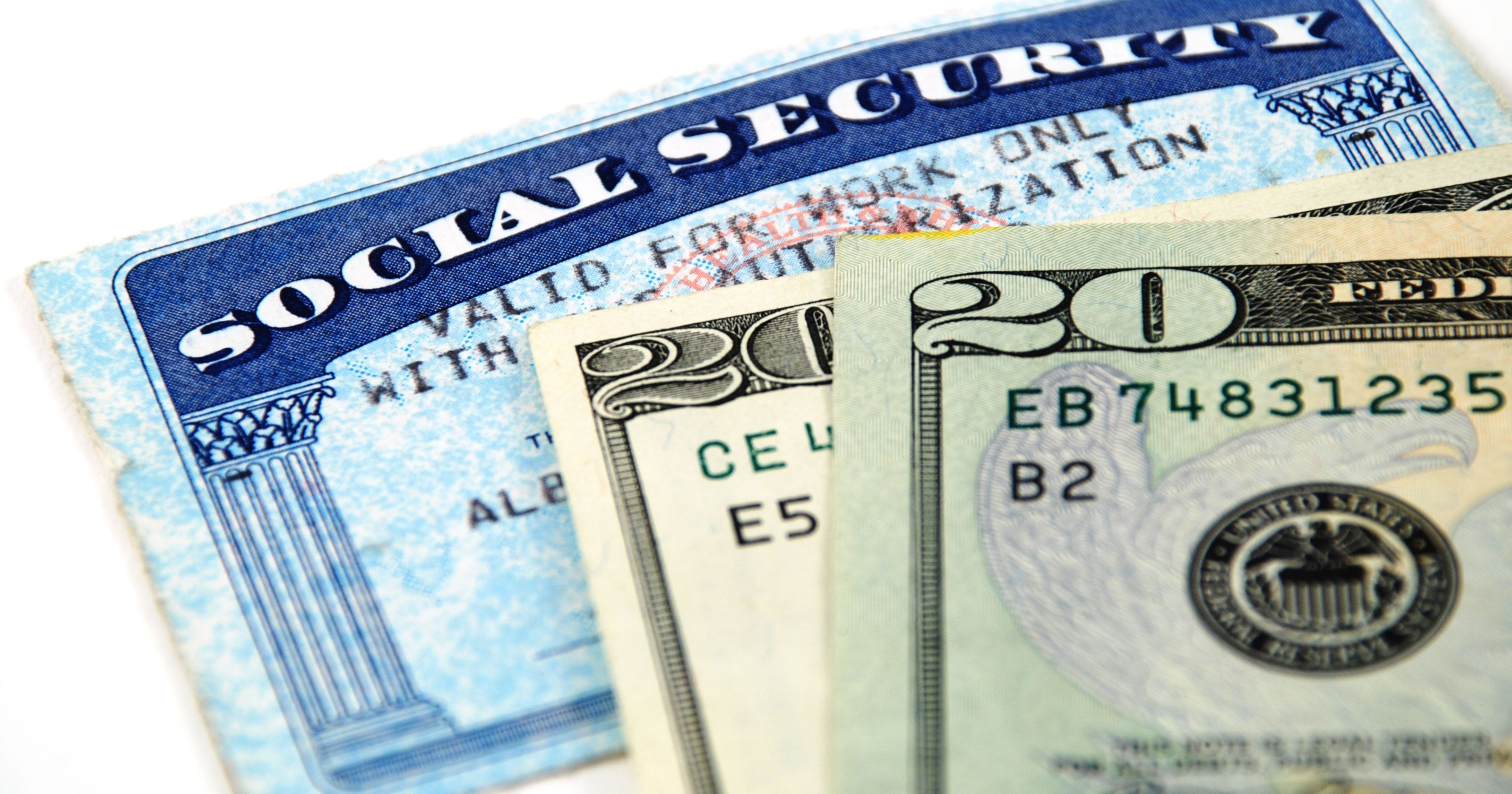 Average retired Social Security beneficiary to get measly