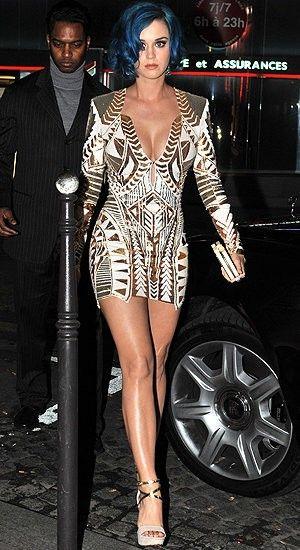 Katy Perry in a beautiful Balmain Dress!