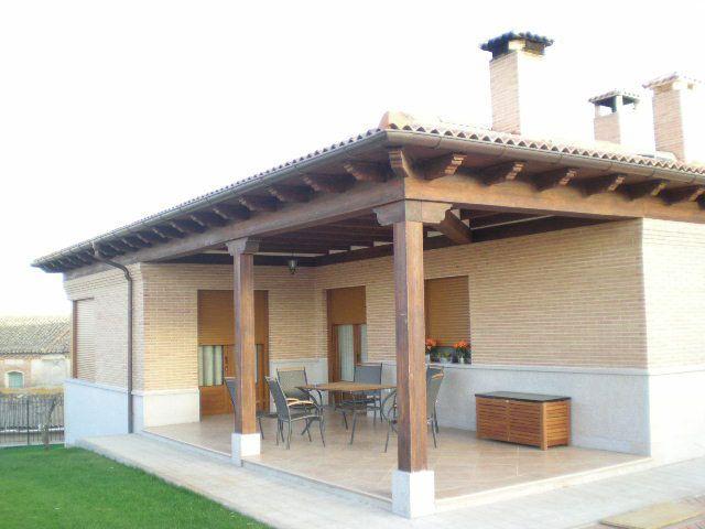 imgen imitacin madera pilares y capiteles para porche