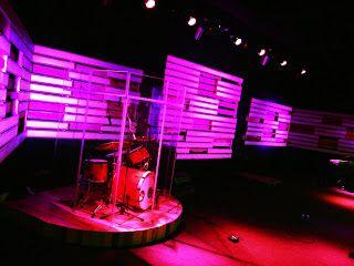 pallet stage design - Concert Stage Design Ideas