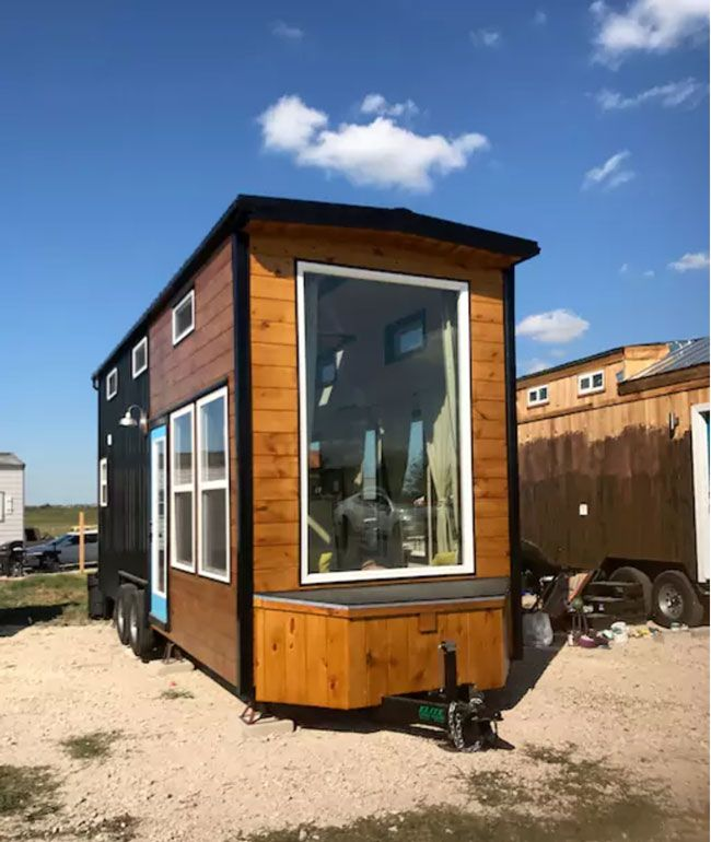 the texas style a 8 x 24 tiny house with a modern rustic design rh pinterest com 24' tiny house on wheels 24' tiny house weight