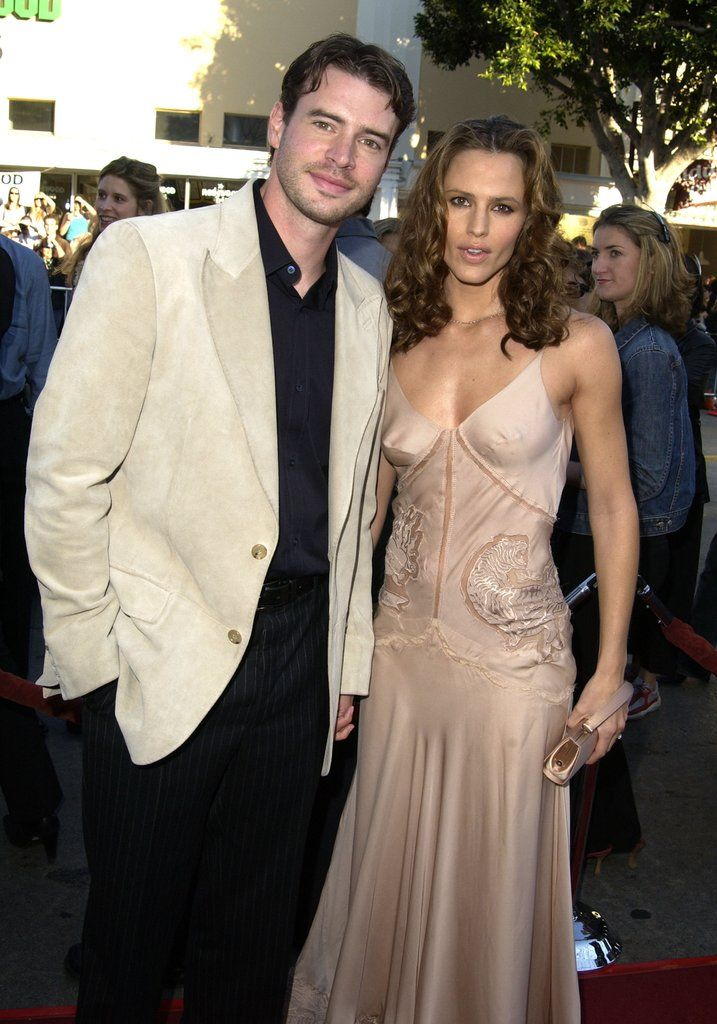 Jennifer Garner with her former husband Scott Foley