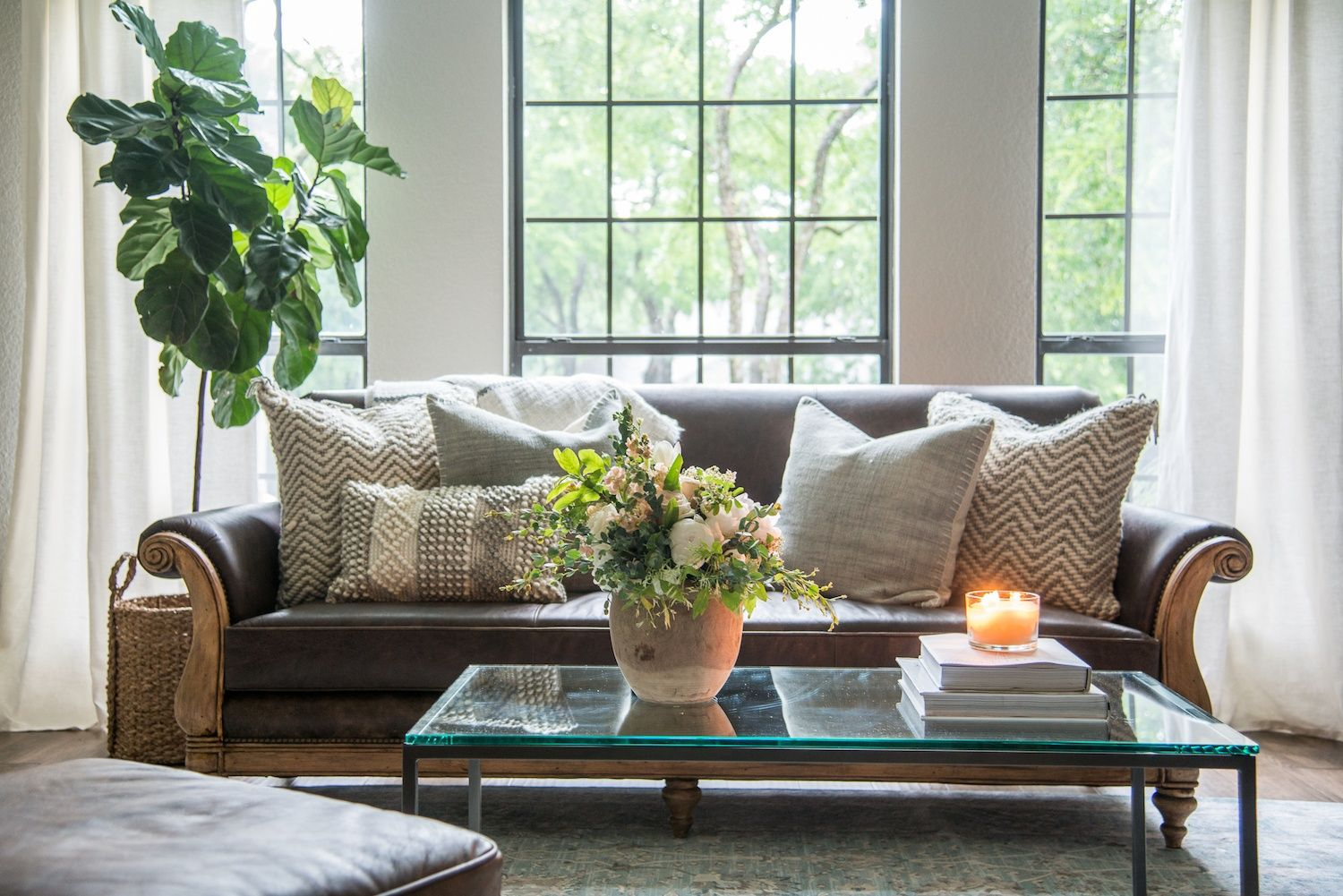 Episode 08   The Straight U002780s House. Fixer Upper Living RoomModern ...