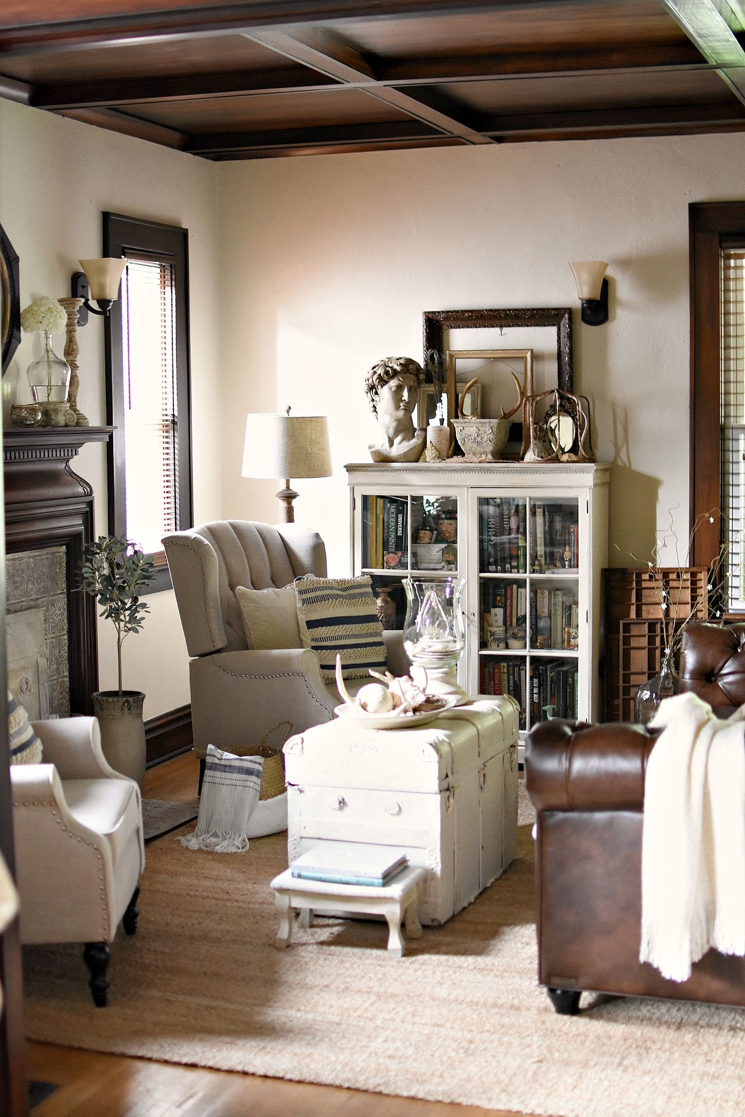 Tour A 1921 Historic Kentucky Home Decorated For Summer In ...