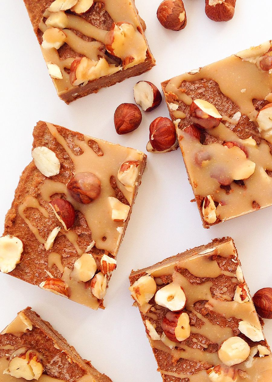 This luxurious Pumpkin Espresso Hazelnut Fudge (Vegan, Paleo, Raw) is made with nutrient-dense, real-food ingredients. Just mix, freeze, and eat! GrokGrub.com