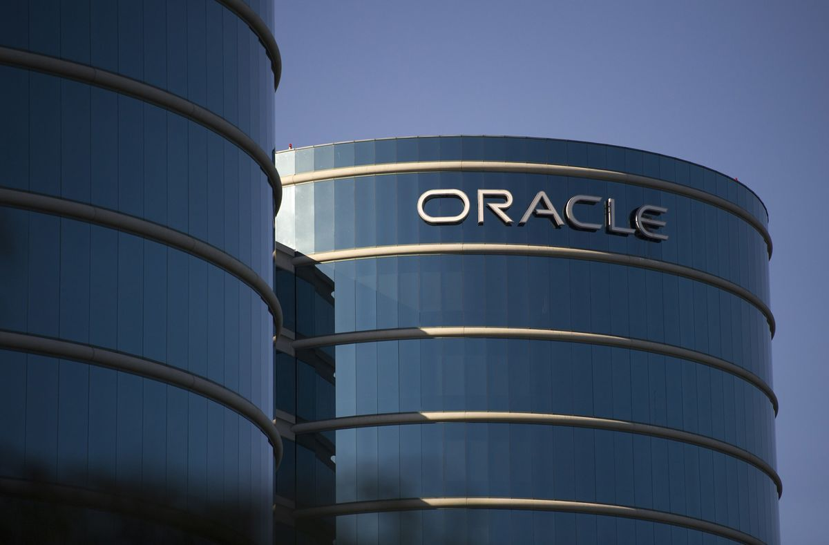 Yahoo Finance Business Finance Stock Market Quotes News Oracle Hiring 5000 For Cloud Business In Race With Salesforce