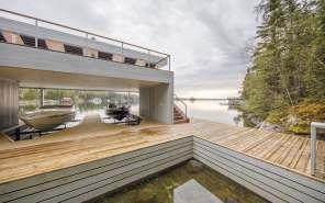 boothuis-in-Canada-2  - Alleen al voor dit boothuis zou je een boot aanschaffen - Manify.nl