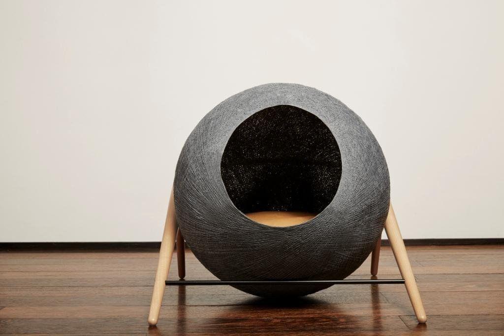 panier la ball panier design pour chat par meyou paris. Black Bedroom Furniture Sets. Home Design Ideas