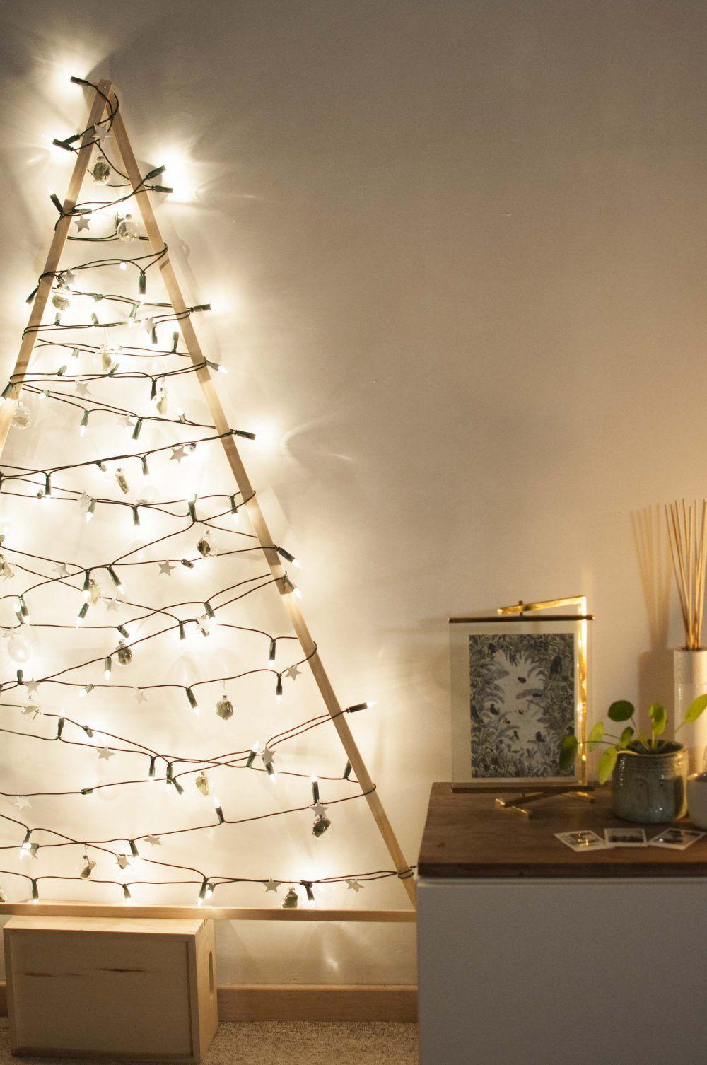 #alternative #DIY #gemachter #Lichterkette #mit #selb #selbst #Tannenbaum #Weihnachtsbaum DIY Selbst gemachter Tannenbaum mit Lichterkette Weihnachtsbaum Alternative selber basteln