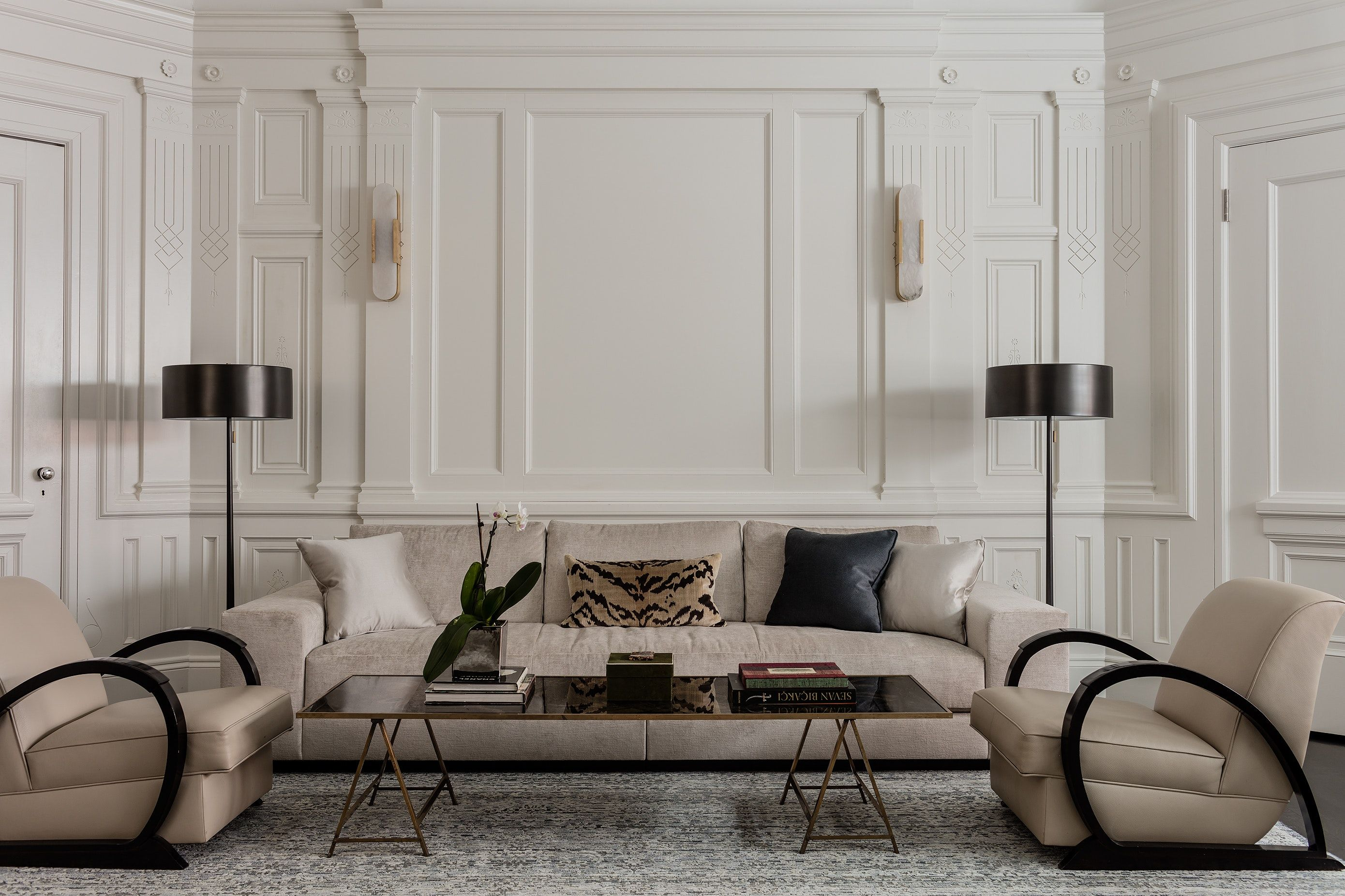 beacon hill living room with custom holly hunt couch living room rh pinterest com