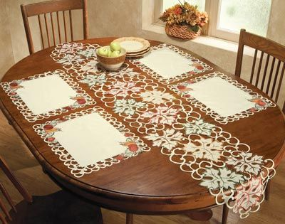 Awesome Harvest Table Runner And Placemat Set