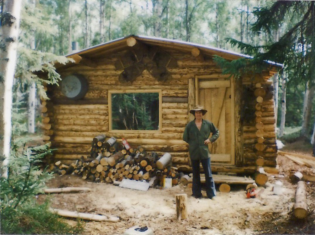 Delicieux Frontier Home: Living Off The Grid