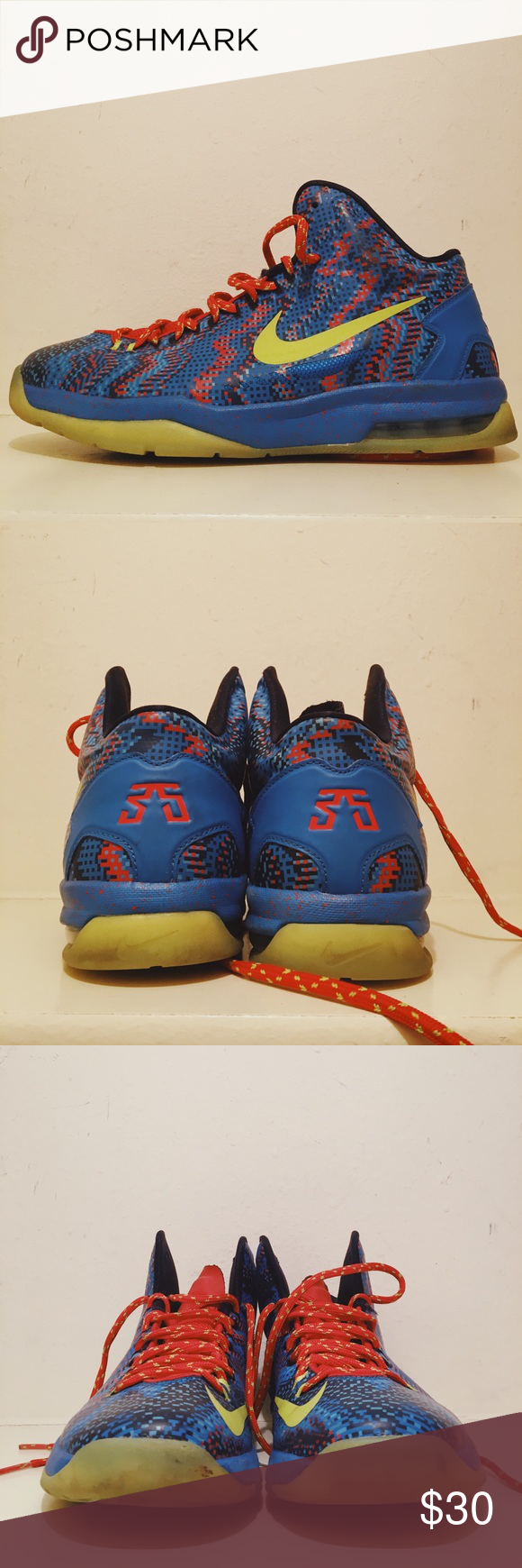 465558b6b1af Nike KD 5 Christmas Sneakers Gently used Kevin Durant 5 Christmas sneakers.  No box