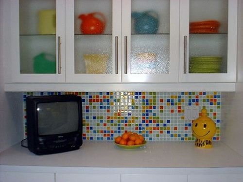 A Bright Kitchen Backsplash But Not All Over The Kitchen Like