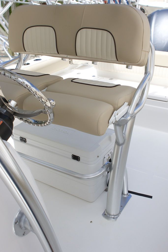 Pin By Charee Andersen On Boats Center Console Boats Boat Seats Offshore Boats