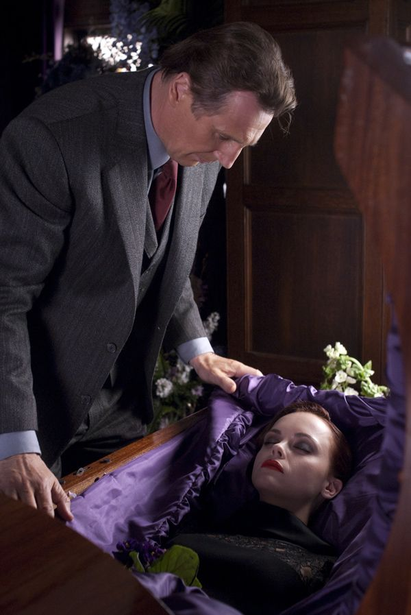 afterlife | The woman | Christina ricci, Liam neeson, Film