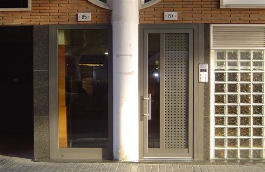 Puertas Aluminio Exterior Precios Con Imagenes Puertas De