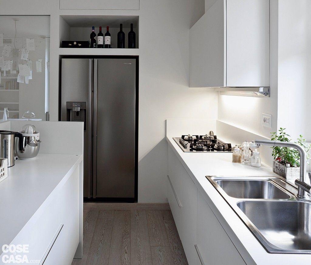 Quasi nascosto, il frigo side by side non porta via spazio in quanto ...