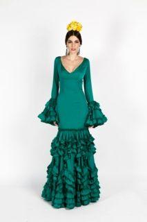 1e3079bb3 Traje de flamenca liso en color verde botella elaborado en crespón ...