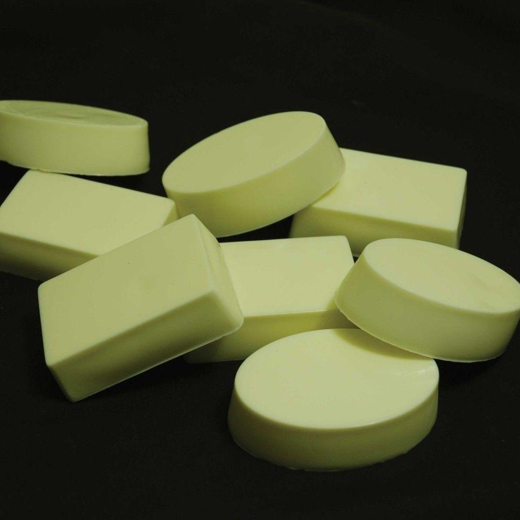 cette recette du savon de base pour proc d froid vous permet d 39 ajouter votre huile. Black Bedroom Furniture Sets. Home Design Ideas