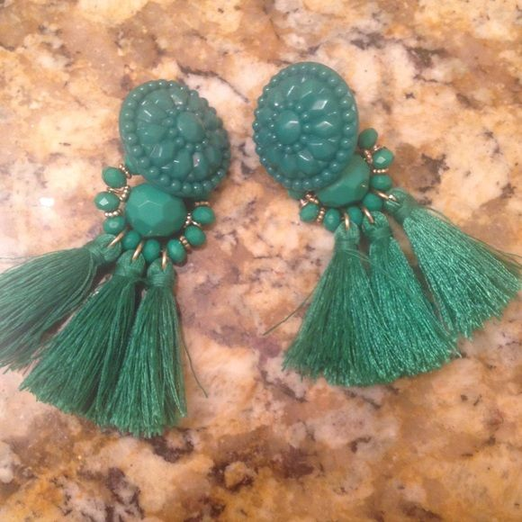 H&M Green Tassel Earrings Worn once. Light weight. H&M Jewelry Earrings