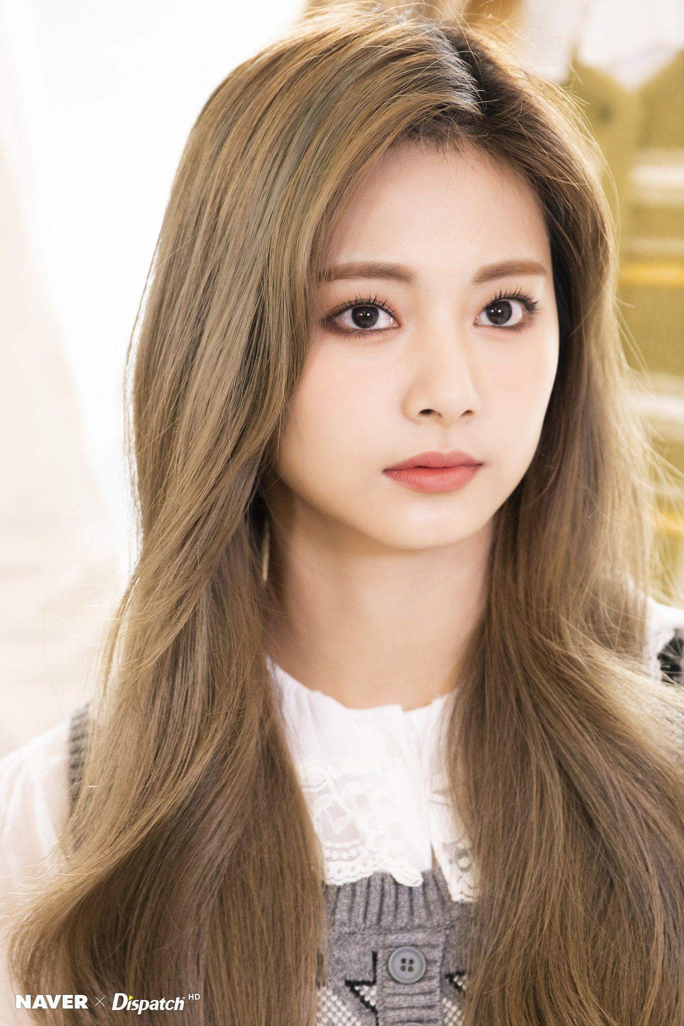 misa •ᴗ• on Twitter in 11  Beauty, Long hair styles, Tzuyu twice