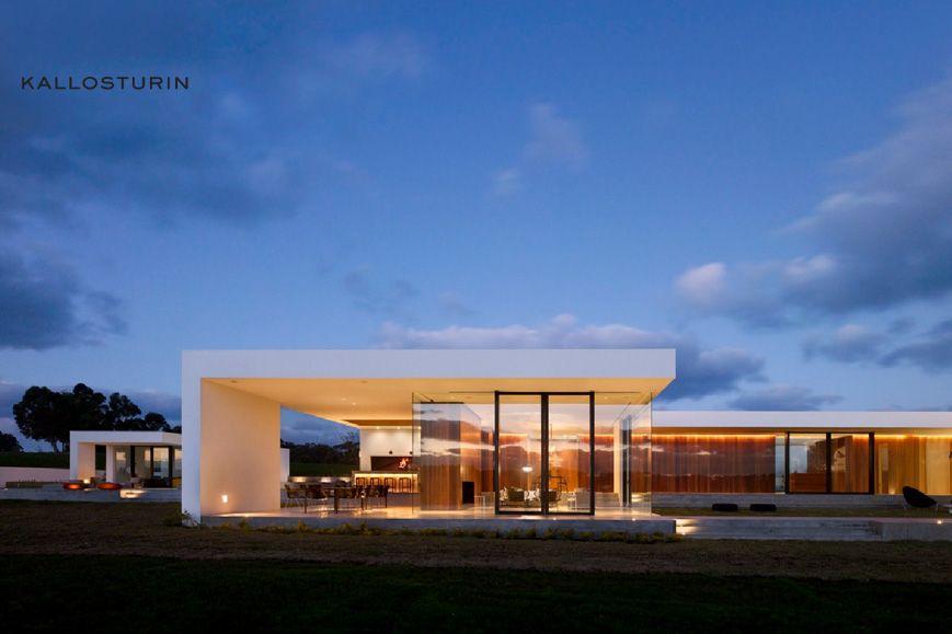 Kallosturin architects arquitectura arquitectos y casas for Casa minimalista uy