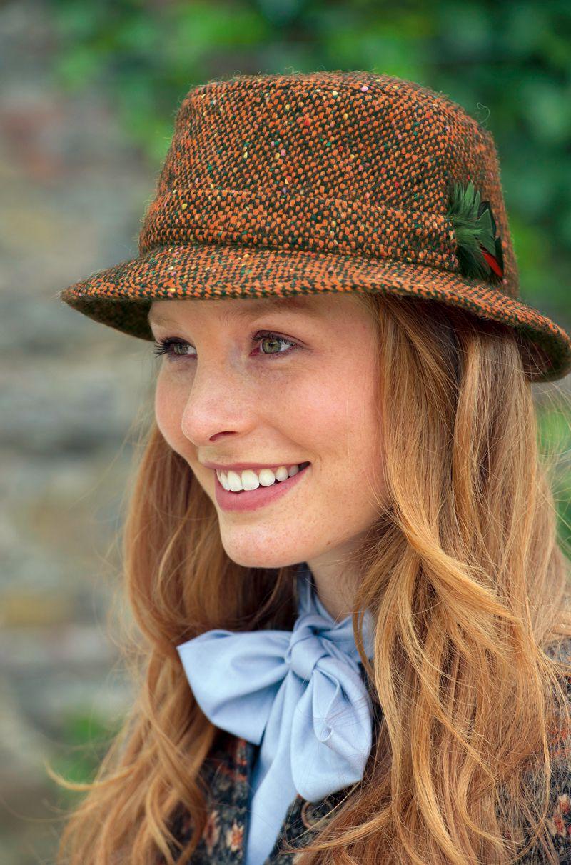 irischer walking hat 39 ladies mourne 39 celtic fashion. Black Bedroom Furniture Sets. Home Design Ideas