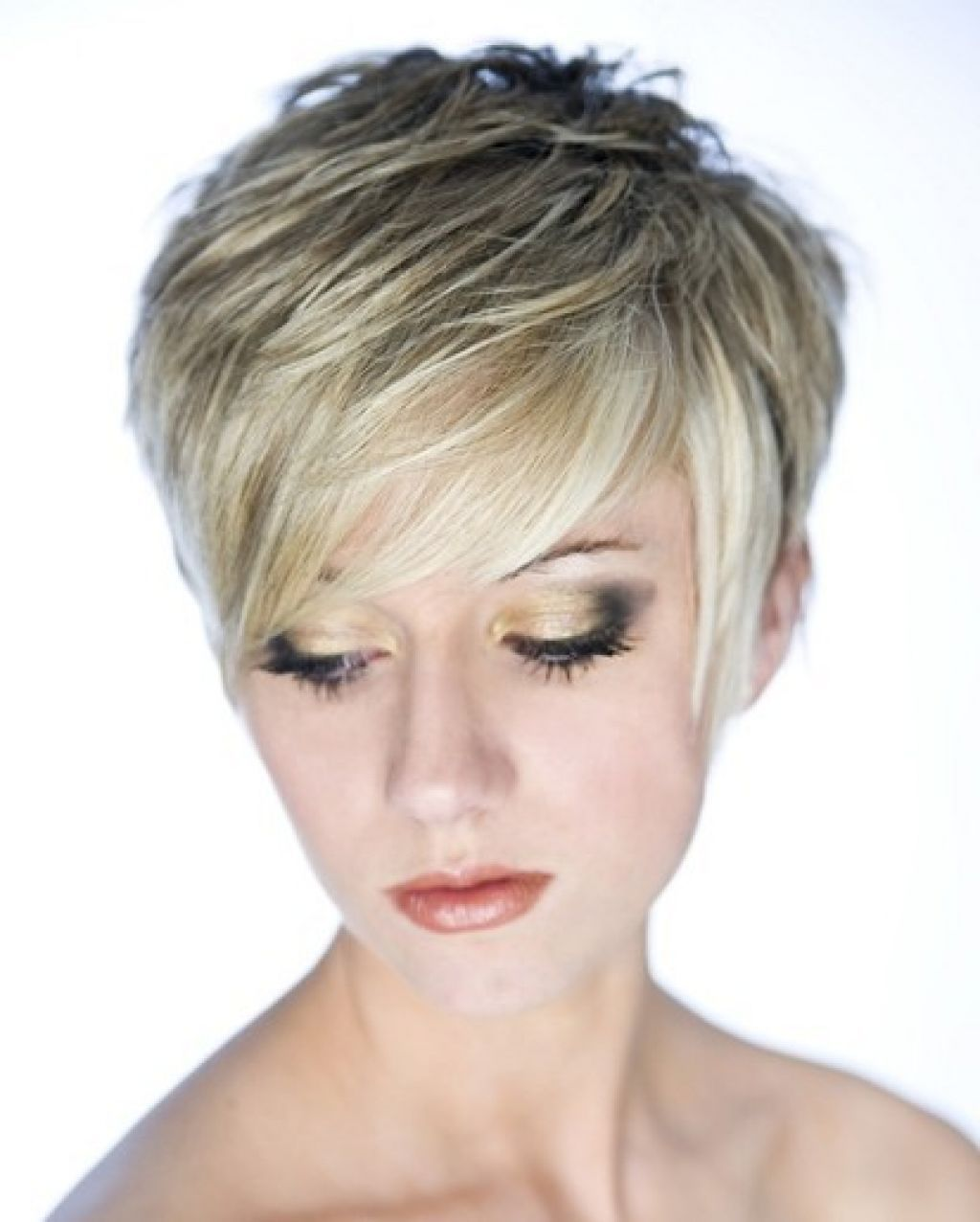 Short Choppy Hairstyles For Thick Hair Beautiful Looked With Short
