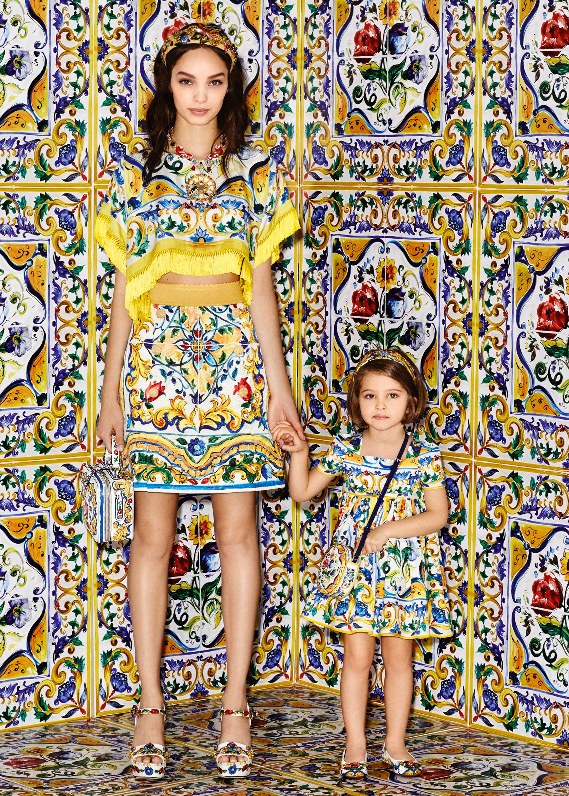 5afceb77c5 Discover the new Dolce   Gabbana Women s Maiolica Collection for Fall  Winter 2016 2017 and get inspired.
