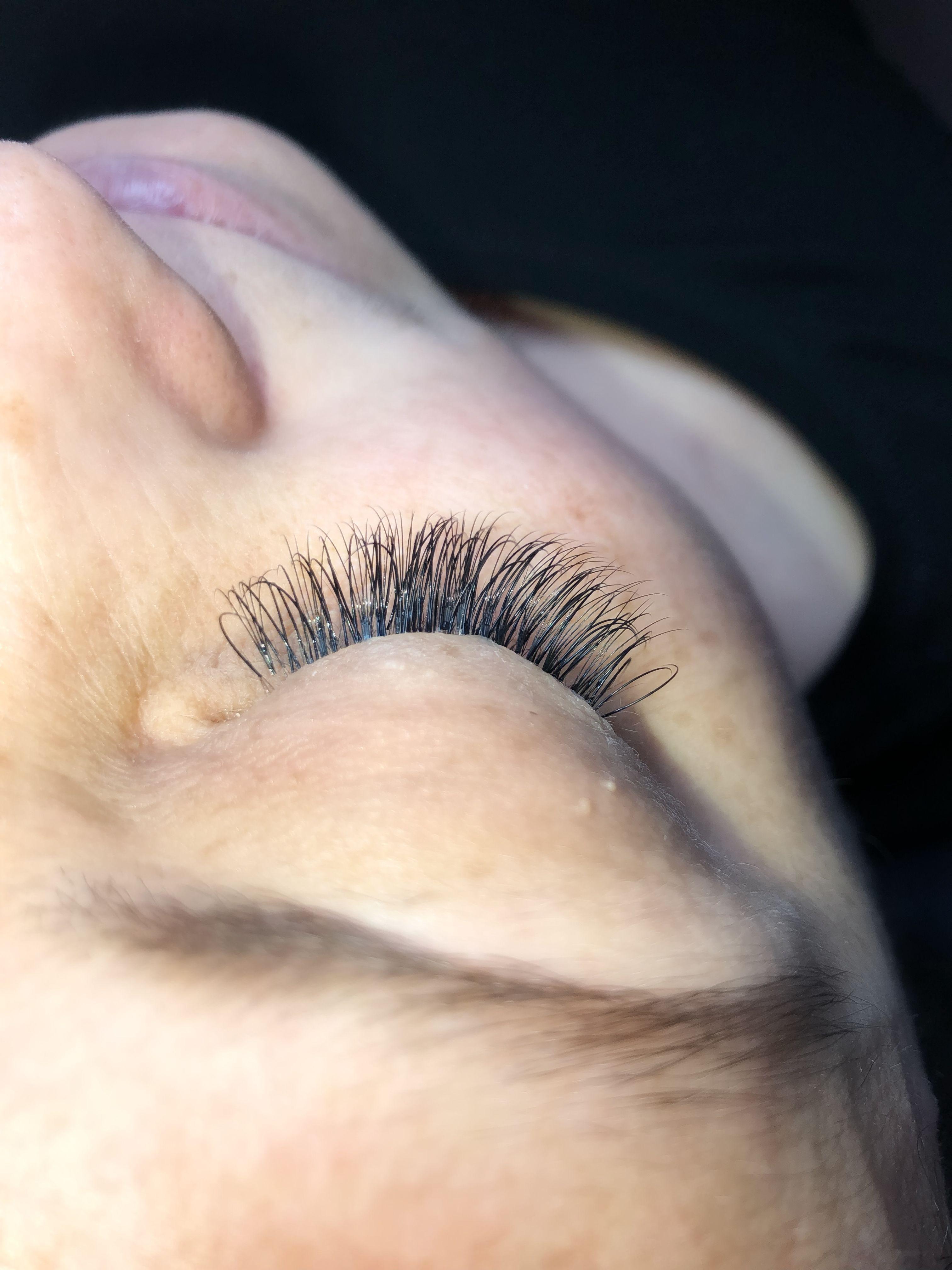 hybrid eyelash extensions   Eyelash extensions, Eyelashes ...