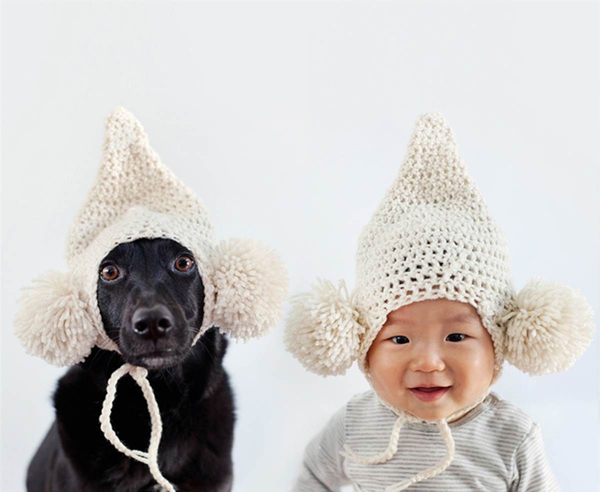 91ac60d3 Double trouble! Dog, baby bond in twin outfits | DIYcraft: Costume ...