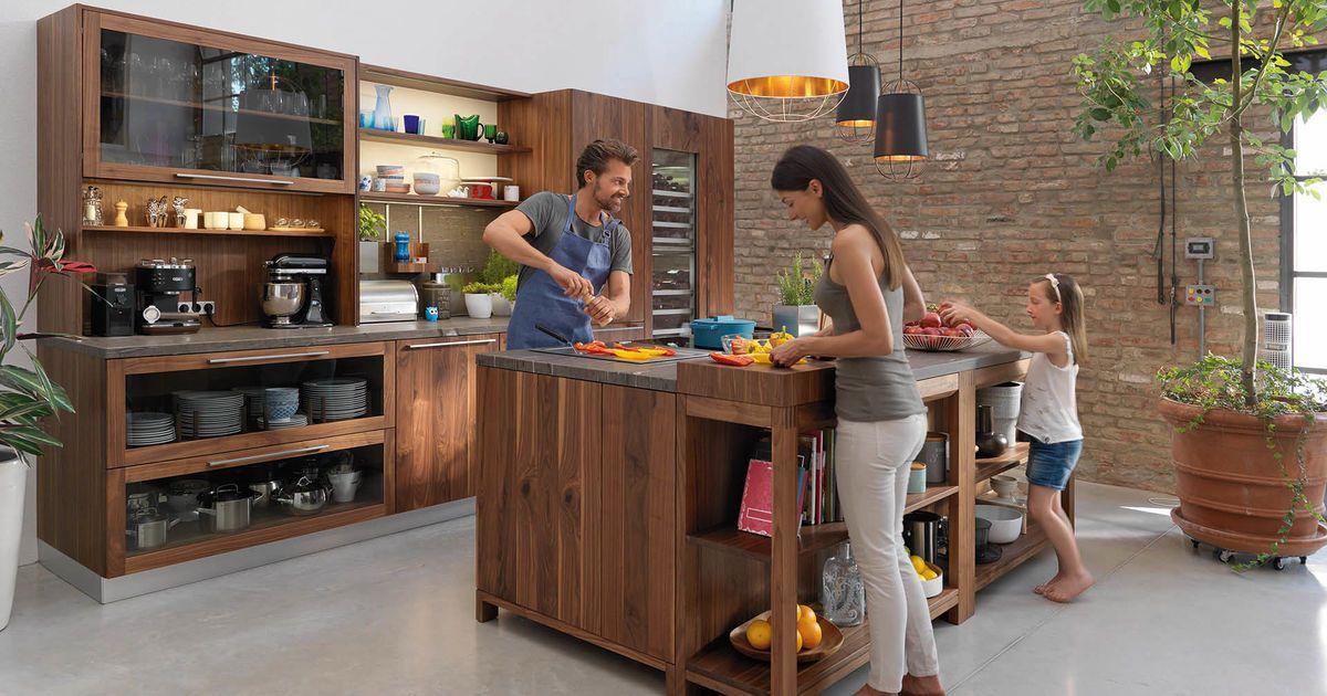 Le design de la cuisine loft séduit les amateurs de bois par son - küchenstudio kirchheim teck